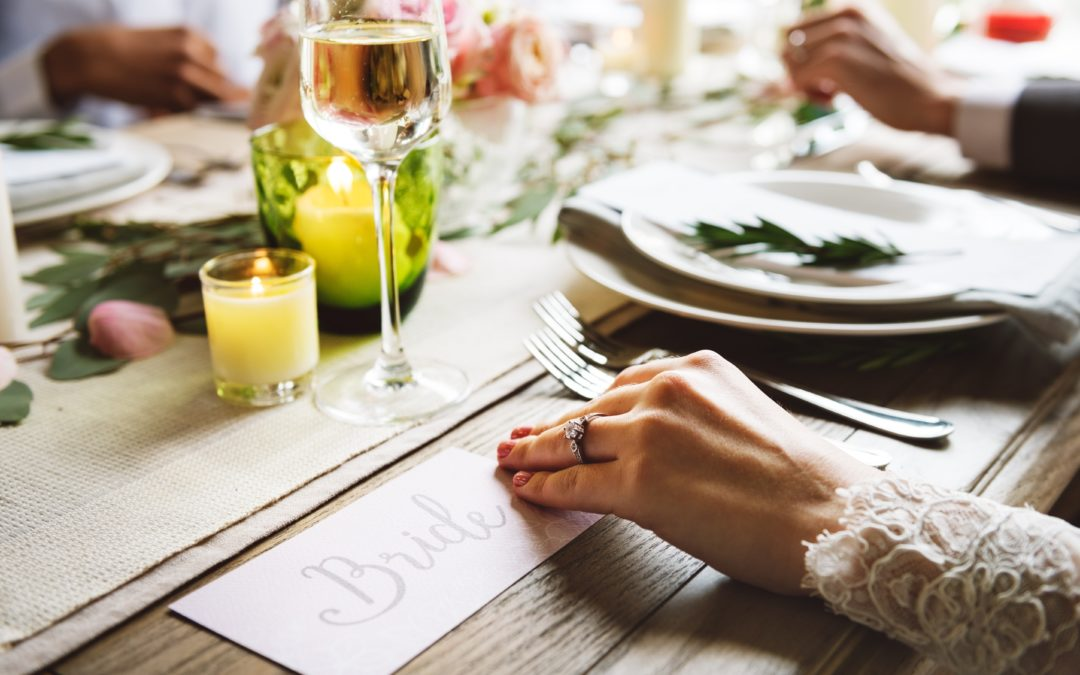 Planning a Memorable Engagement Party